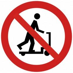 Autocollant interdit aux trotinettes